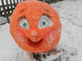 Хороша зима снегами, а сельские улицы – творцами!