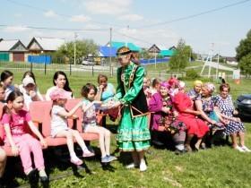 30 мая   весело и дружно отметили День соседей жители села Старосеменкино.